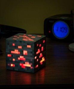 Minecraft éjjeli lámpa - Vöröskő / Redstone Ore