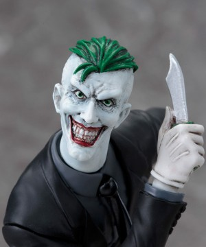 DC Comics ARTFX+ PVC Szobor 1/10 Joker (The New 52) méret: 19 cm