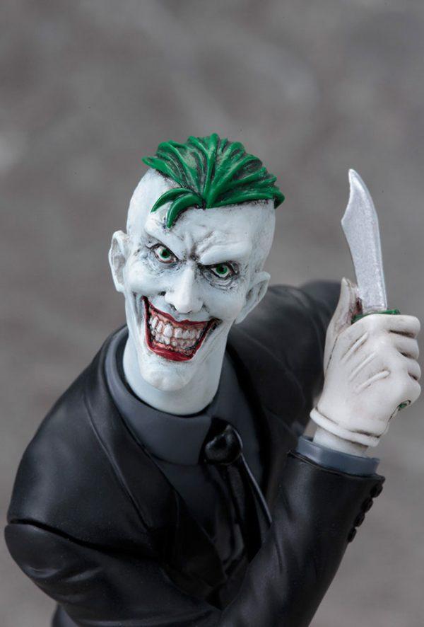 DC Comics ARTFX+ PVC Szobor 1/10 Joker (The New 52) méret: 19 cm