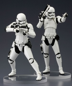 Star Wars Episode VII ARTFX+ Szobor 2-Pack First Order Stormtrooper 18 cm
