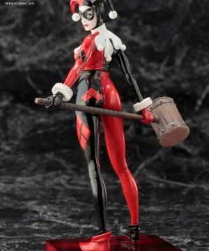 DC Comics ARTFX+ PVC Szobor 1/10 Harley Quinn szobor