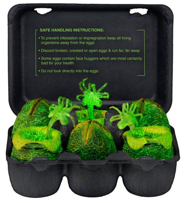 Alien Mini Figures Xenomorph Glow-in-the Dark Egg Set 6 cm