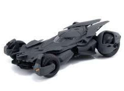 DC Comics - Batmobile model