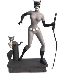 x_diamfeb158314 Batman The Animated Series Femme Fatales PVC Statue Black & White Catwoman EU Exclusive 23 cm