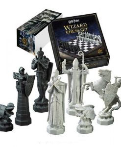 x_nob7580_b x_nob7580 Harry Potter Chess Set Wizards Chess