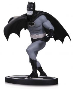 Batman Black & White Szobor - Batman by Carmine Infantino (16cm)