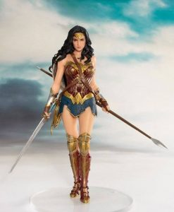 Justice League Movie ARTFX+ Szobor - 1/10 Wonder Woman (19cm)