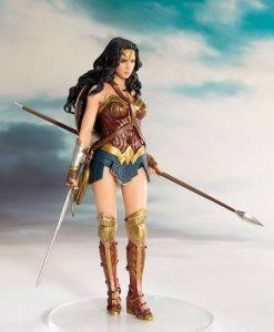 Justice League Movie ARTFX+ Szobor - 1/10 Wonder Woman (19cm)