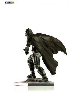 Justice League Art Scale Szobor - 1/10 Batman (18cm)