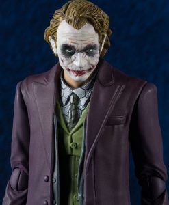 x_btn14950-7 Batman The Dark Knight S.H. Figuarts Action Figure Joker 16 cm