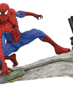 x_diamsep182341 Marvel Comic Gallery PVC Szobor - Spider-Man Webbing 18 cm