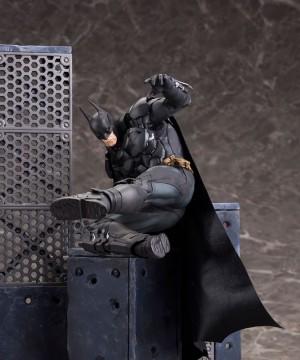 DC Comics - ARTFX+ PVC Szobor 1/10 Batman (Batman Arkham Knight) méret: 25 cm