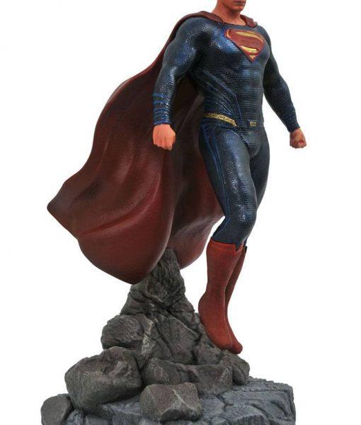 Justice League Movie DC Gallery PVC Szobor - Superman (23cm)