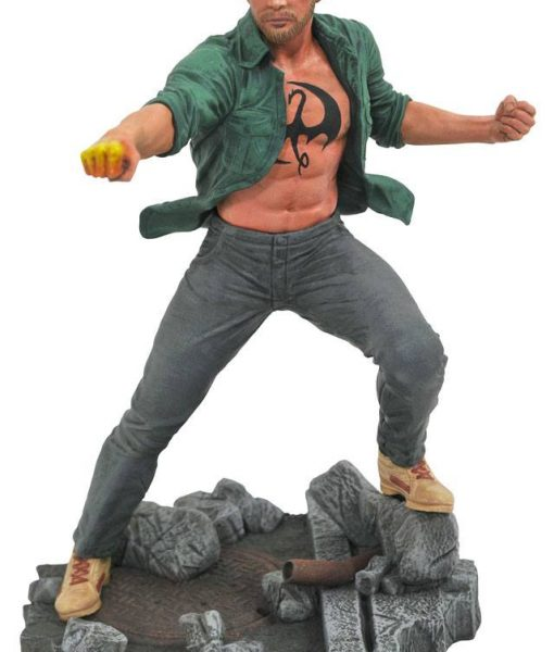Justice League Movie DC Gallery PVC Szobor - Iron Fist (Netflix) (23cm)
