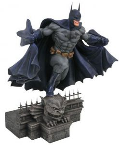 d_diamfeb192439 DC Comic Gallery PVC Szobor - Batman 25 cm
