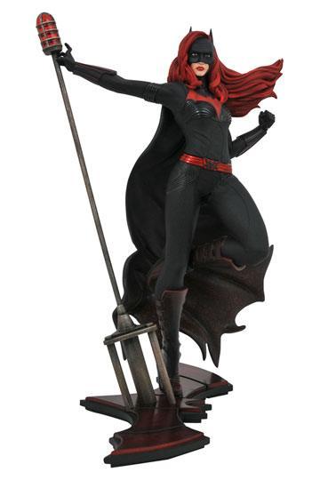 d_diammar192440 DC TV Gallery PVC Szobor - Batwoman 23 cm
